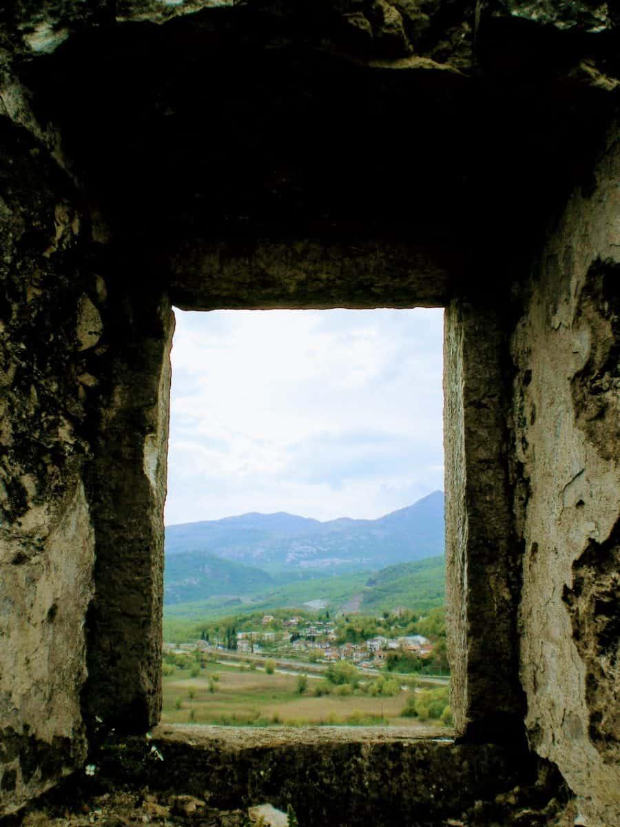 montenegro skadar lake ruins