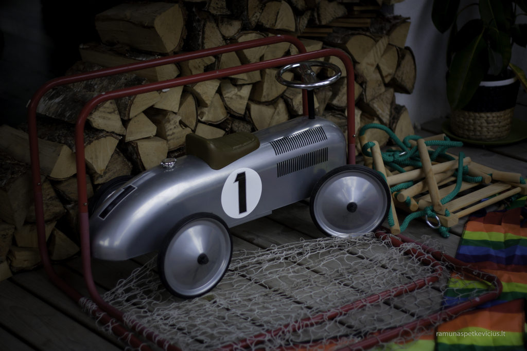 grey toy car